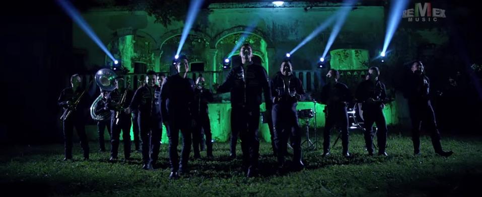 """Banda Tierra Sagrada y Regulo Carlo presentan """"No me quedé con las ganas"""""""