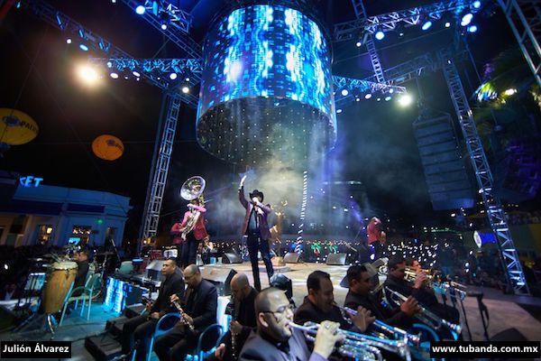 Julión Álvarez cumple con las expectativas en el Carnaval de Mazatlán