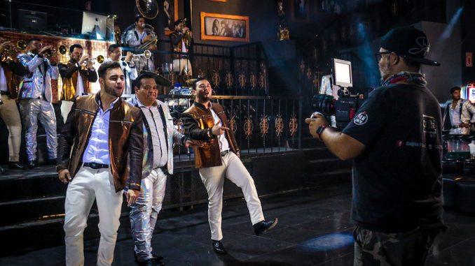 """La Séptima Banda y Los Sebastianes unen su talento para decir """"Salud"""""""